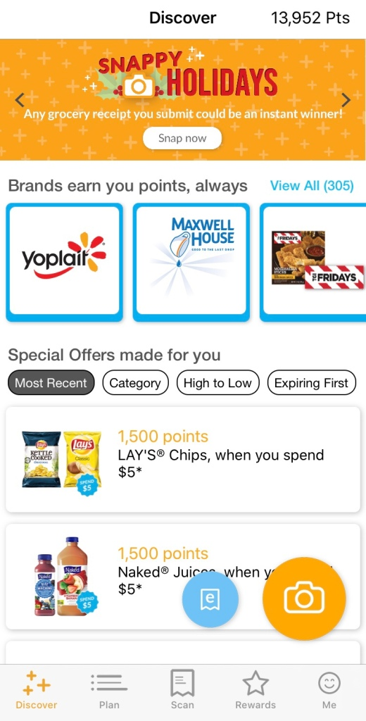 A screenshot of my Fetch Rewards home page. This is a great app to use for all your grocery shopping receipts as a way to get rewards to use on gift cards!